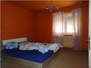Casa de vanzare singur in curte in Lazaret   Sibiu