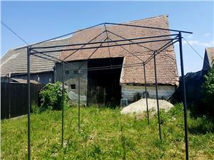 Casa de vanzare pe Valea Hartibaciului