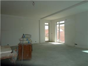 Apartament cu 3 camere de lux de vanzare in Strand   Sibiu
