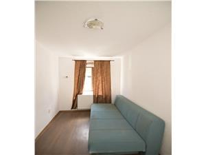 Apartament la casa zona 9 Mai