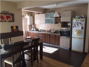 Apartament 3 camere de vanzare in Strand, zona Moga - Sibiu