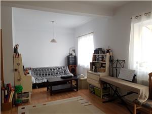 Apartament la mansarda de vanzare in Sibiu