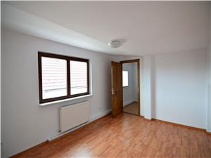 Apartament la casa, zona Dumbravii