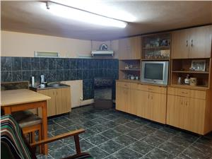 Casa singur in curte Piata Cluj