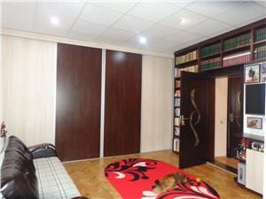 Apartament la casa cu 2 camere de vanzare ultracentral - Sibiu