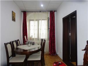Apartament la casa cu 2 camere de vanzare ultracentral   Sibiu