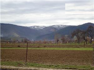 Teren de vanzare in zona Tropini Rasinari