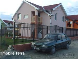Casa noua de vanzare singur in curte Sibiu zona Gusterita, 5 camere